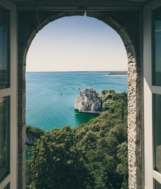 Doorway - Photo by Jacob Morch on Unsplash