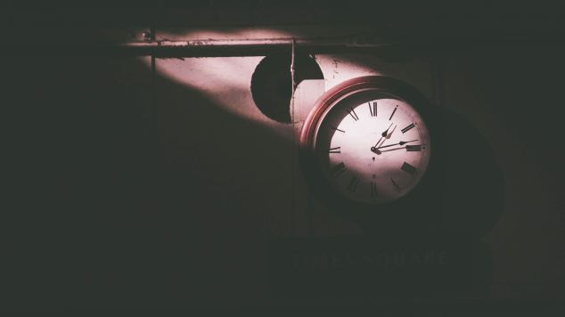 Shadow Clock - Photo by Srikanta H. U on Unsplash